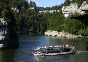 voyage doubs 07-bateaux-du-saut-du-doubs-villers-le-lac